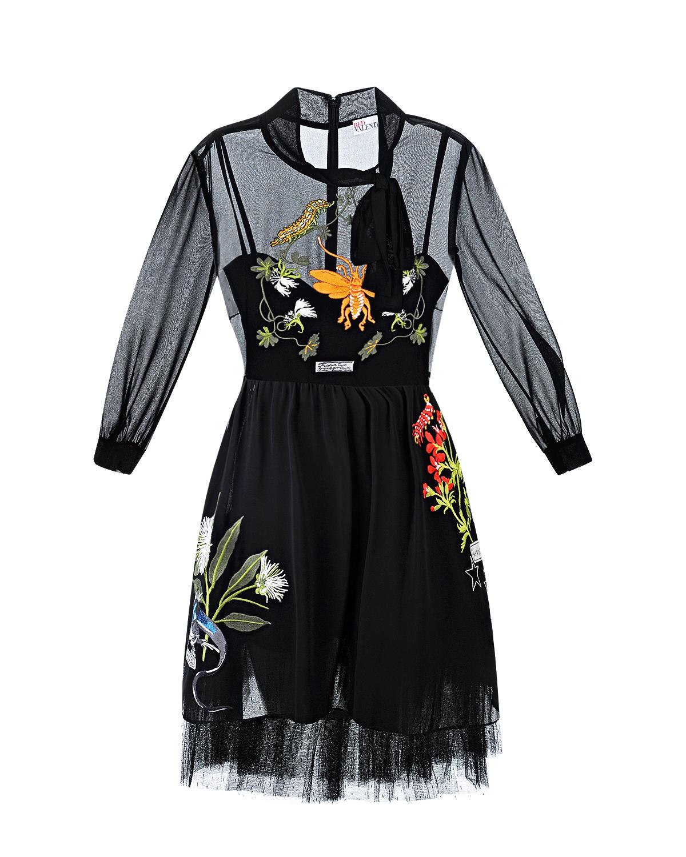 Платье Red ValentinoПлатья<br>Платье-бюстье комбинированное с двойной юбкой и прозрачным верхом, декорировано богатой вышивкой quot;флора и фаунаquot;. Нижняя юбка выполнена  из черного тюля.
